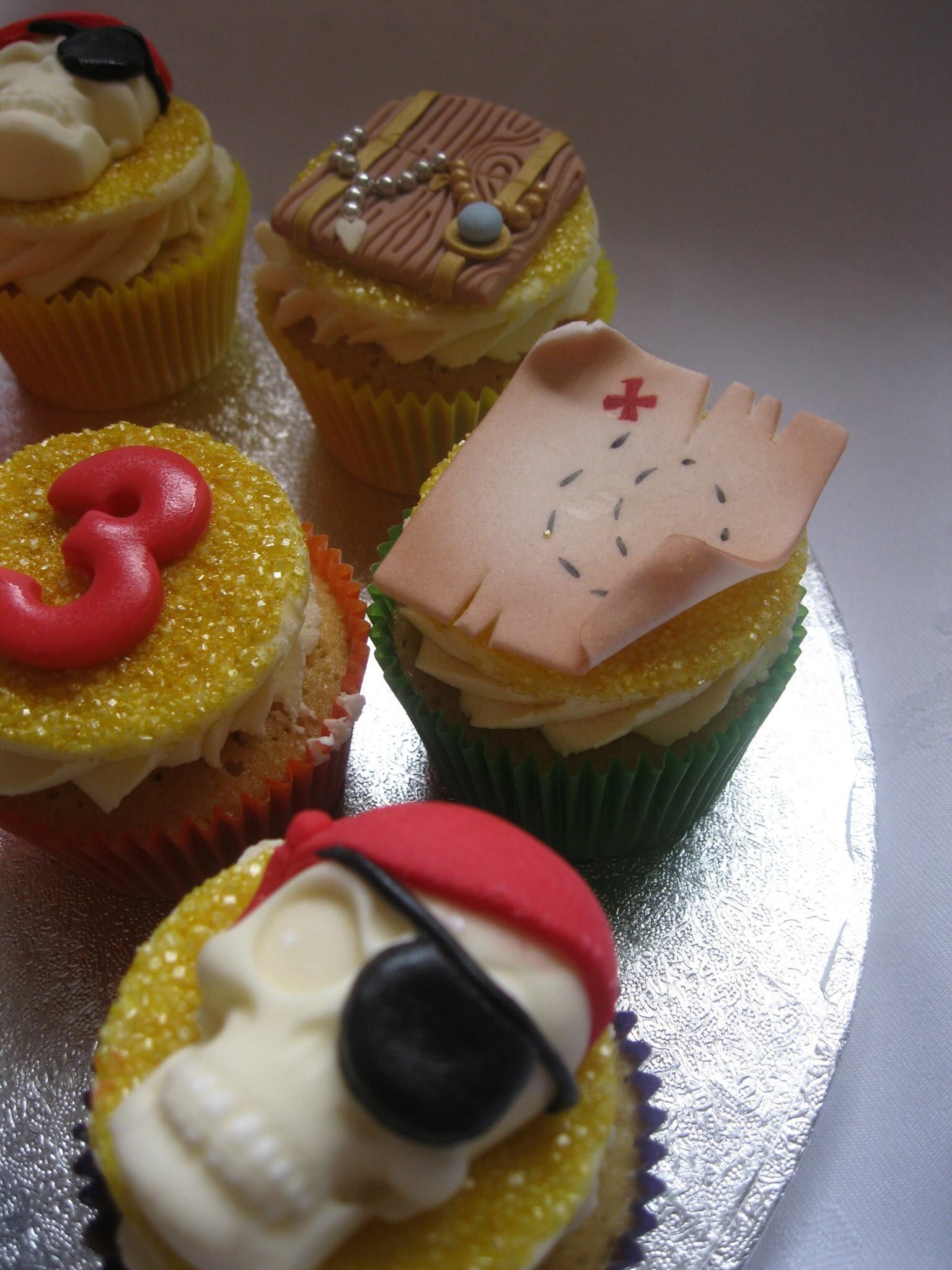Cupcakes Bespoke Handcrafted Cakes By Darrowby Cakes